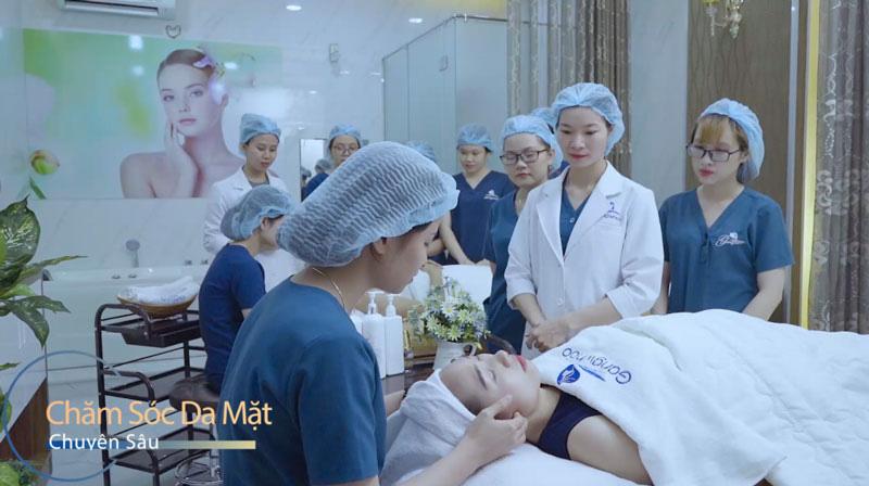 Chăm sóc da mặt chuyên sâu - Gangwhoo
