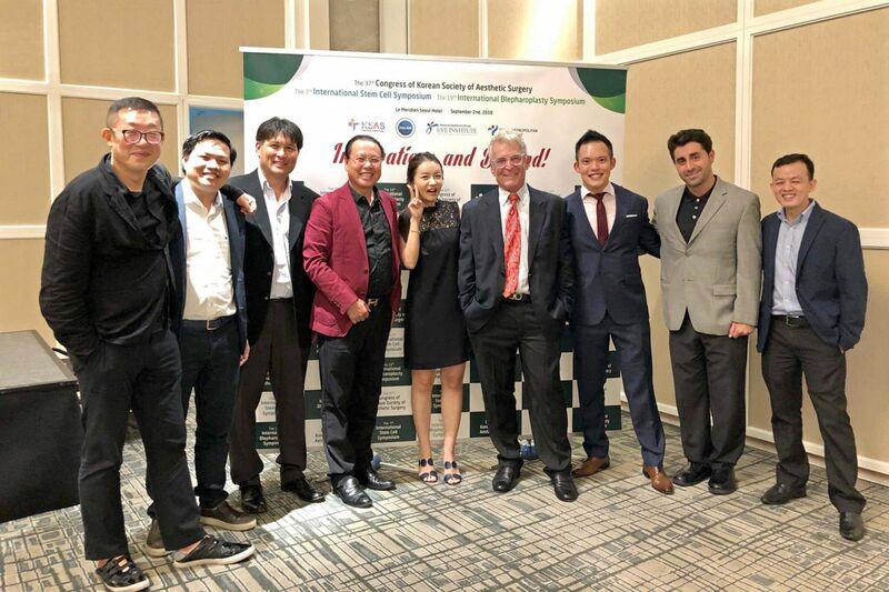Đội ngũ bác sĩ Gangwhoo tại Hàn Quốc