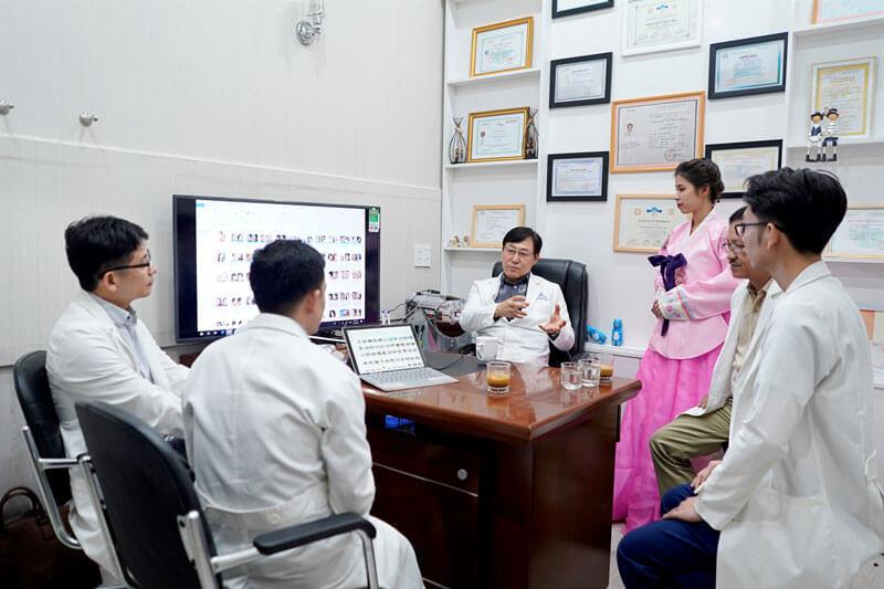 Được bác sĩ Hàn Quốc làm đẹp ngay tại Việt Nam