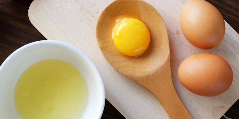 Cách làm trắng da bằng lòng trắng trứng gà
