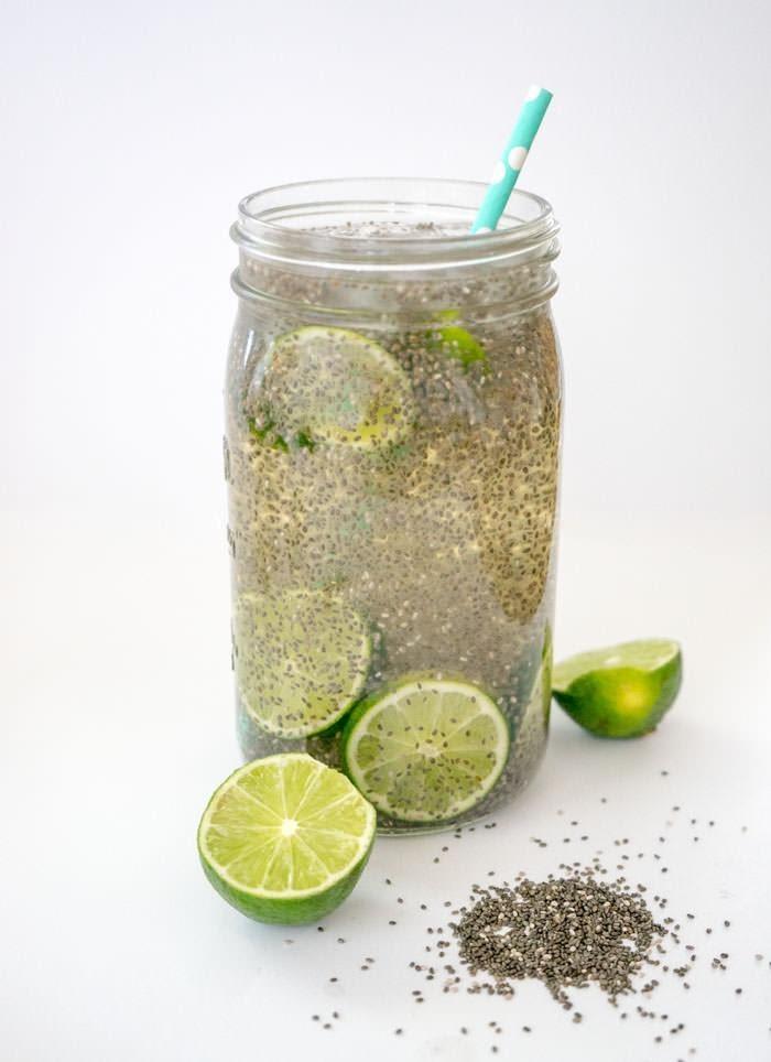 Uống Hạt Chia Có Giảm Cân Được Không? uống hạt chia với nước chanh giúp giảm cân