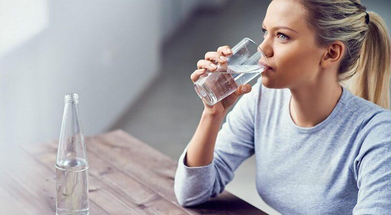 có nên uống thuốc giảm cân không khi nó làm cơ thể thiếu nước