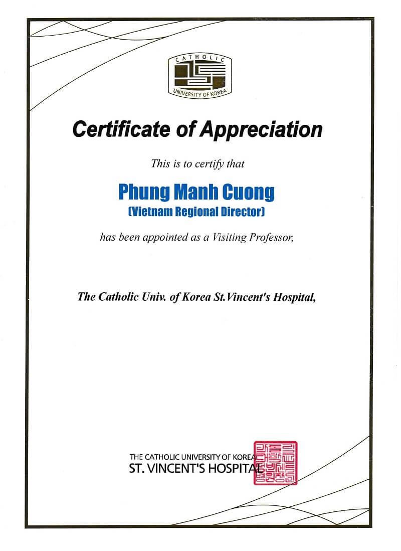 Bác sĩ Phùng Mạnh Cường được khoa PTTM, Viện, Trường Đại học CATHOLIC mời thỉnh giảng, phẫu thuật thị phạm và bổ nhiệm chức danh giáo sư tại trường