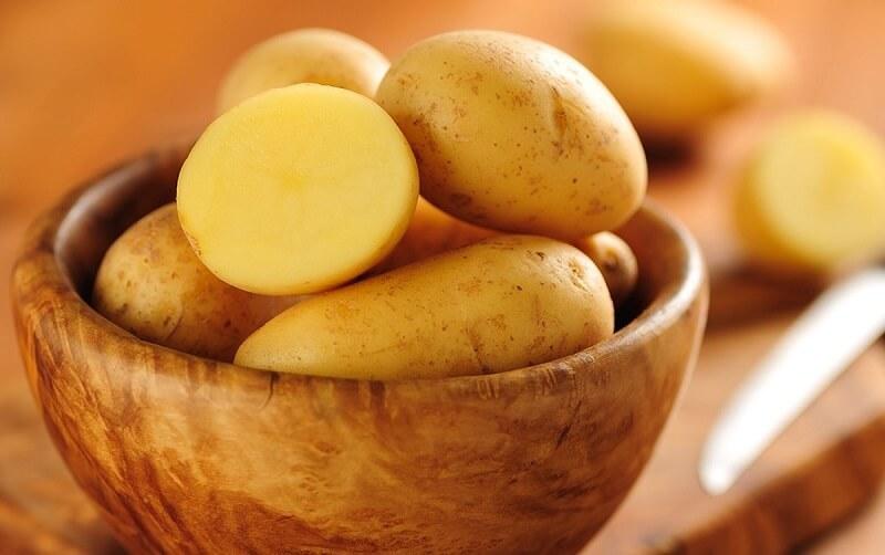 Tác động của khoai tây lên da giúp chống lão hóa, ngăn ngừa nếp nhăn