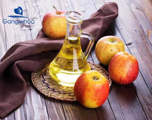cách điều trị mụn lưng tại nhà bằng giấm táo mang lại hiệu quả cao