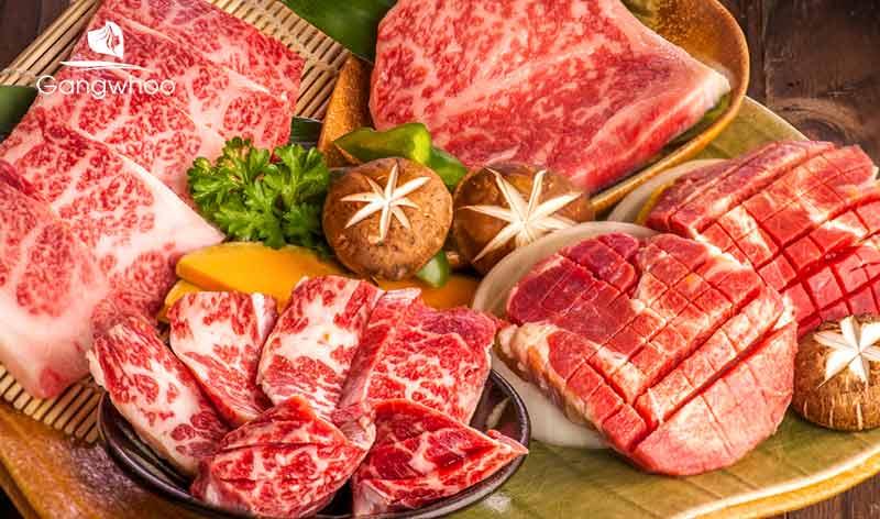 Sau khi xăm môi kiêng ăn gì? Thịt bò gây sẹo và khó lành vết thương