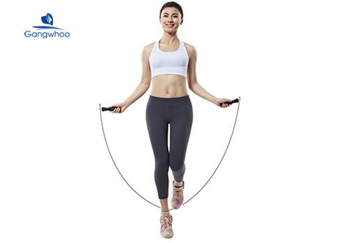 Nhảy dây giúp giảm mỡ chân