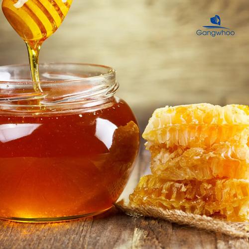 Cách trị mụn lưng bằng mật ong