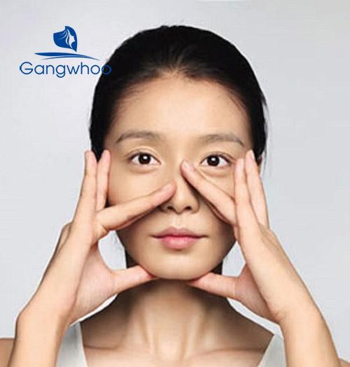 massage lỗ mũi to