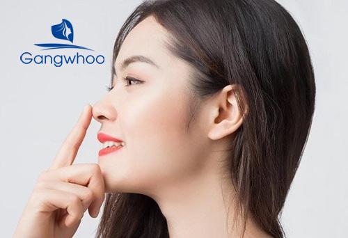 bài tập giữ mũi thẳng giúp sống mũi cao