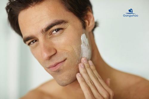 cách làm căng da mặt cho nam giới bằng mỹ phẩm