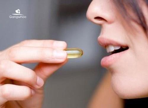trị sẹo rỗ bằng vitamin E thông qua đường uống