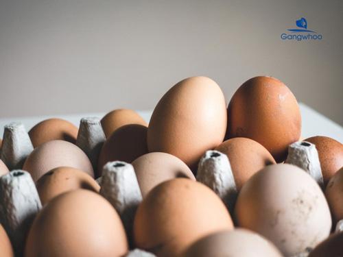 Cách trị sẹo lõm bằng vitamin E và trứng gà