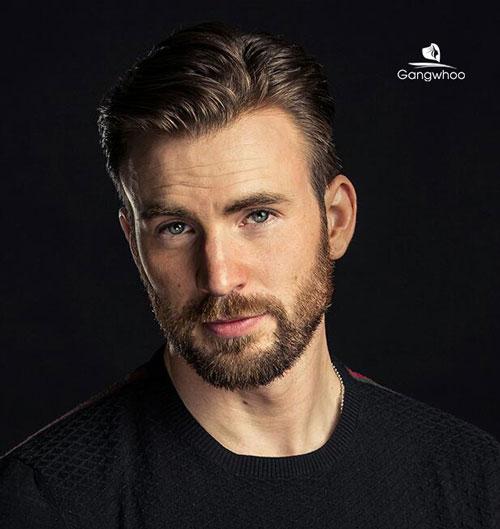 """""""Captain America"""" Điển Trai Với Râu Quai Nón"""